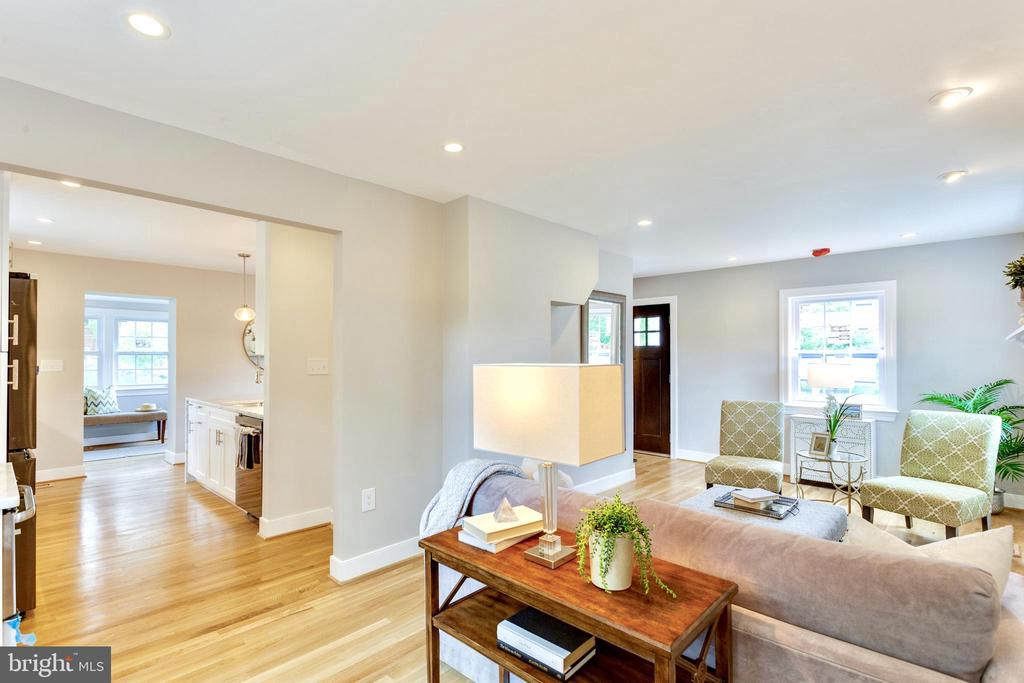 Flow and layout has been completely reconfigured - 5469 DAWES AVE, ALEXANDRIA