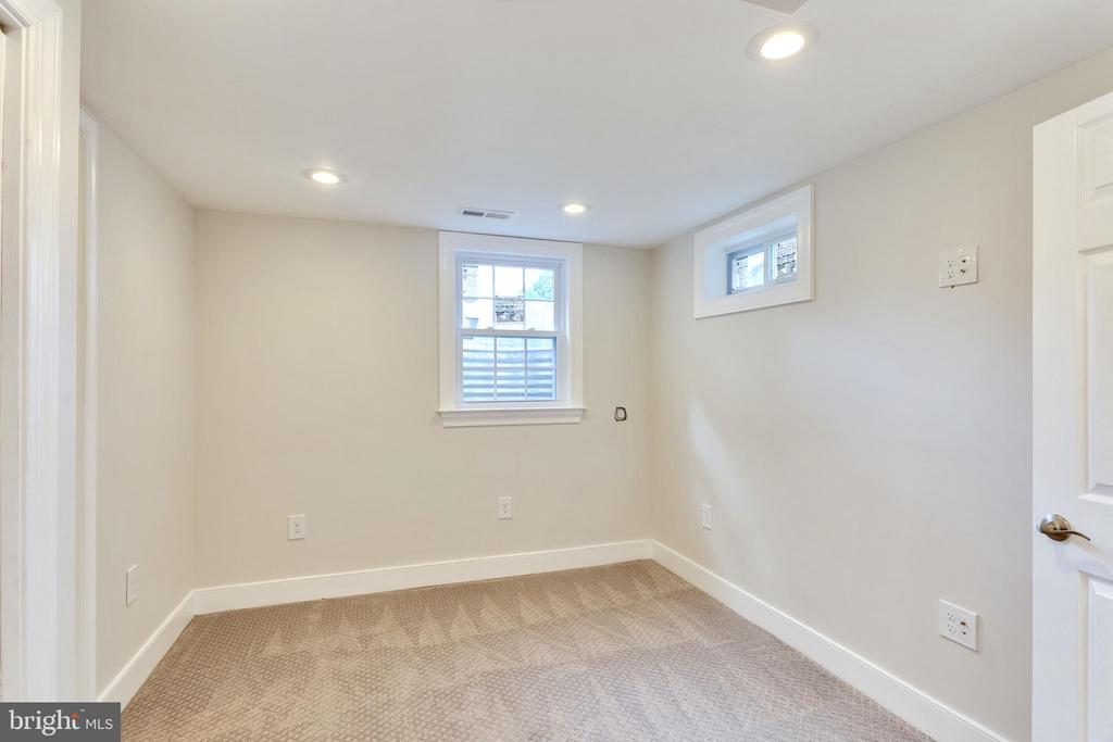 Lower Level Bedroom #4 w/ full egress - 5469 DAWES AVE, ALEXANDRIA
