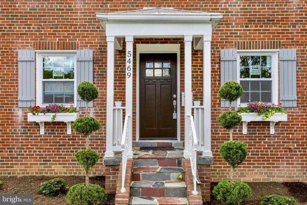 It doesn't get cuter than this! - 5469 DAWES AVE, ALEXANDRIA