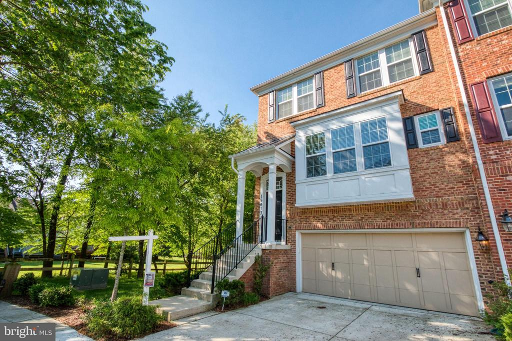 15613  QUINCE TRACE TERRACE, one of homes for sale in Gaithersburg
