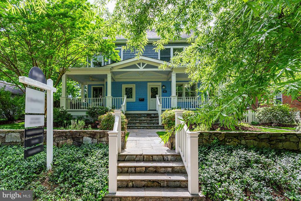 Superb curb appeal with terraced front yard - 6418 BROAD ST, BETHESDA