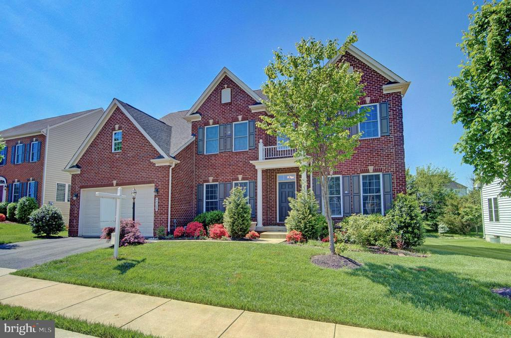 44369  STONE ROSES CIRCLE, Ashburn in LOUDOUN County, VA 20147 Home for Sale