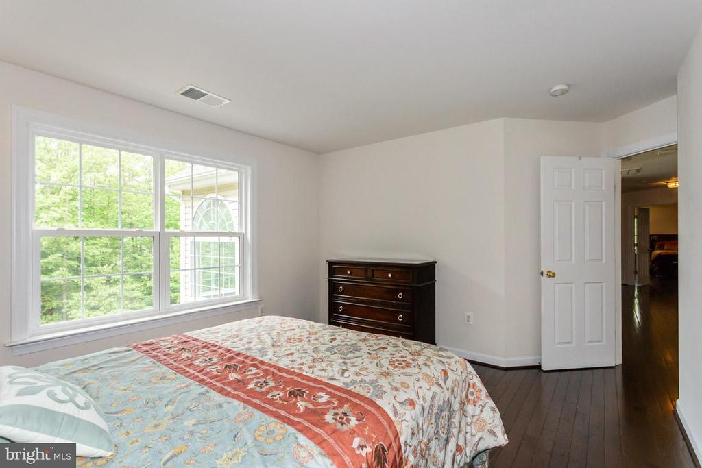 Upstairs bedroom 1 - 1076 DECATUR RD, STAFFORD