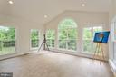 Florida room with windows all around; tile floorin - 1076 DECATUR RD, STAFFORD