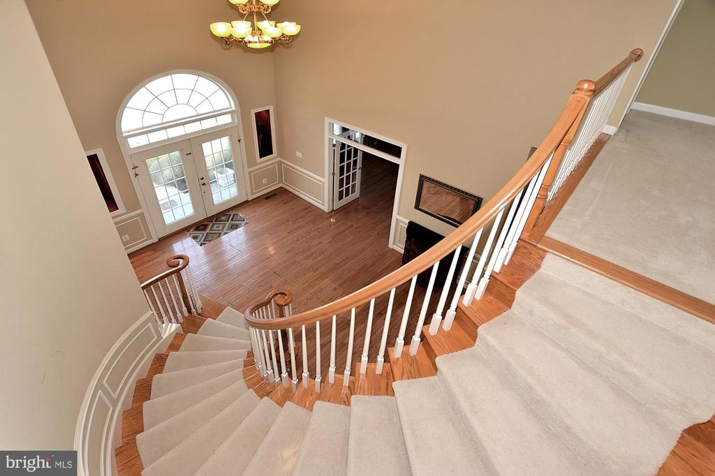 Foyer #3 - 7763 CAMP DAVID DR, SPRINGFIELD