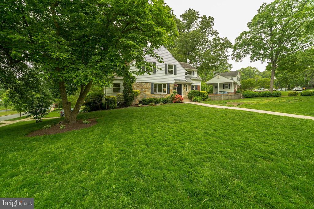 Front - 2815 CREST AVE, CHEVERLY