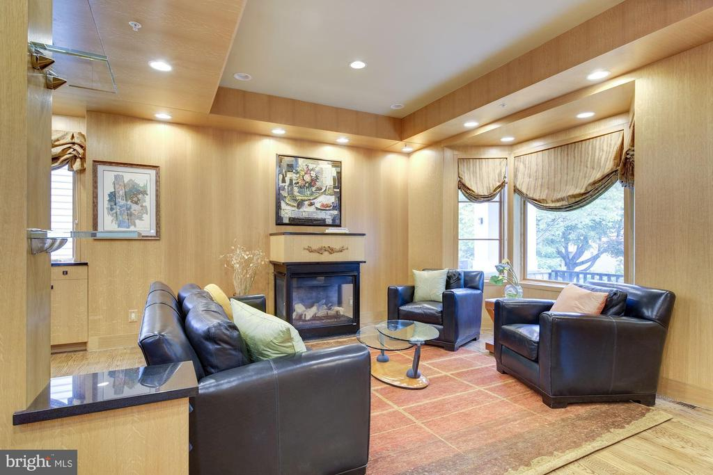 Living Room - 4409 WALSH ST, CHEVY CHASE