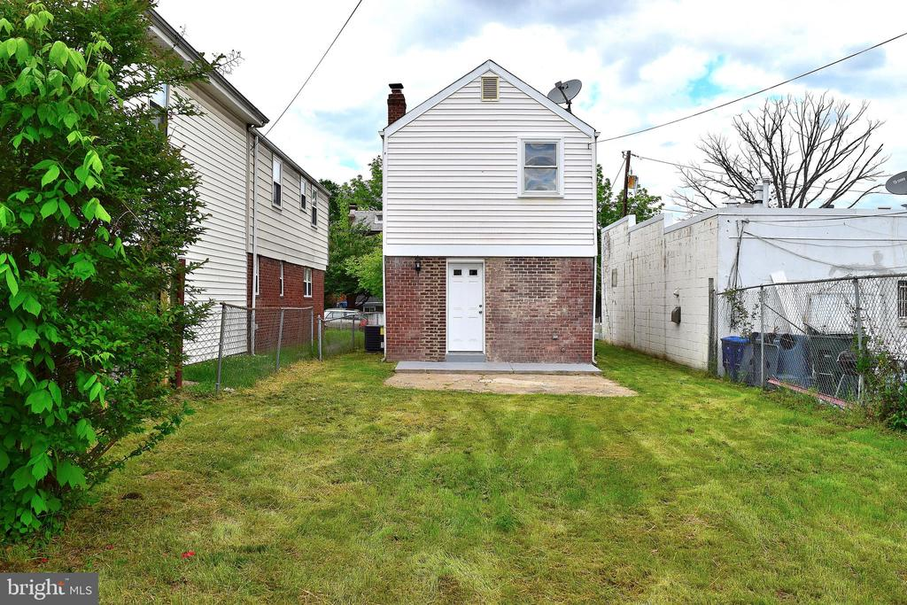 Rear Yard - 1713 NEWTON ST NE, WASHINGTON