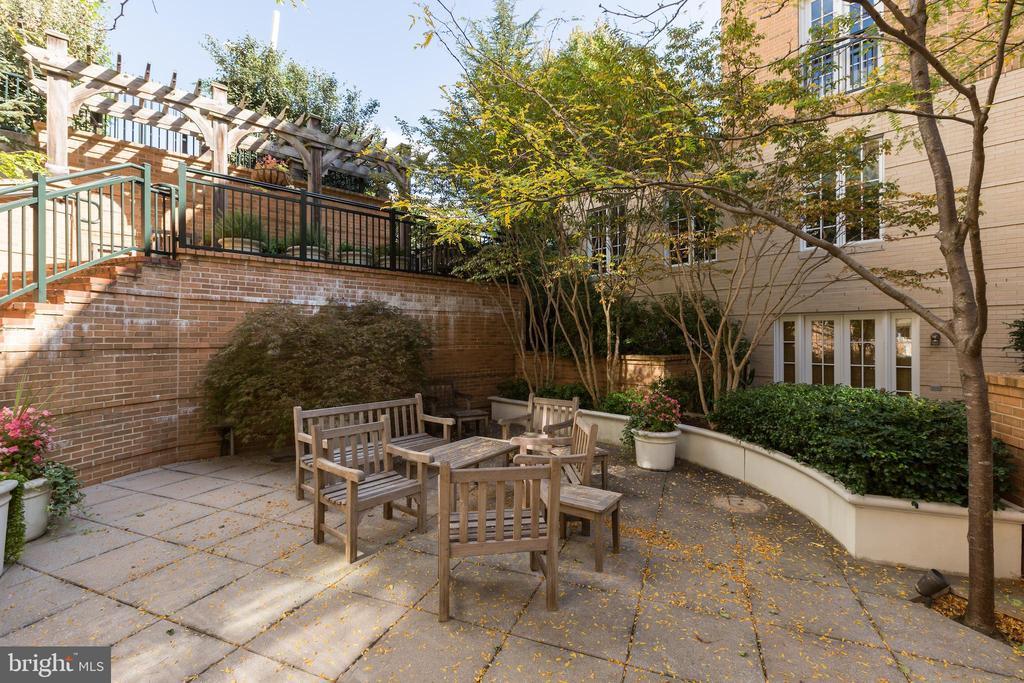 Garden Terrace - 2501 WISCONSIN AVE NW #108, WASHINGTON