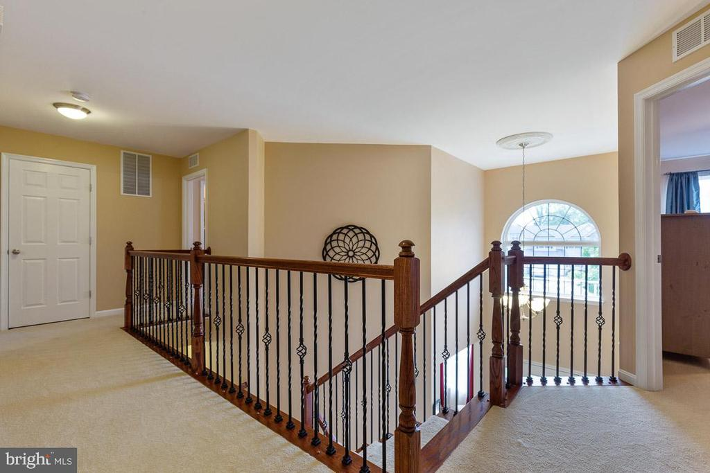 Bright and Open Floor Plan - 16060 IMPERIAL EAGLE CT, WOODBRIDGE