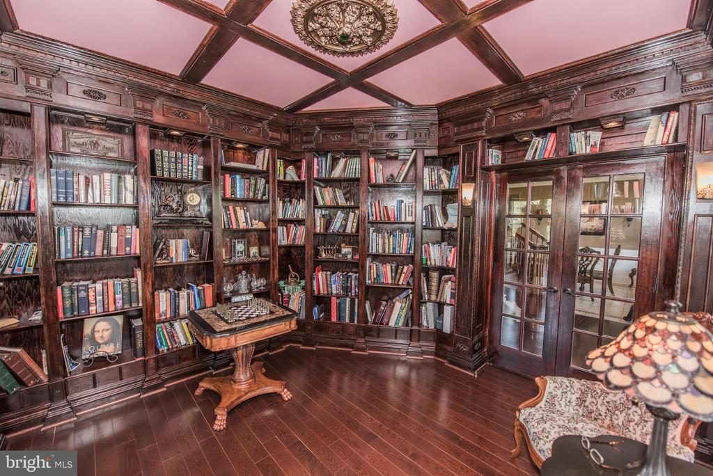 Library - 187 HEWITT, MARTINSBURG