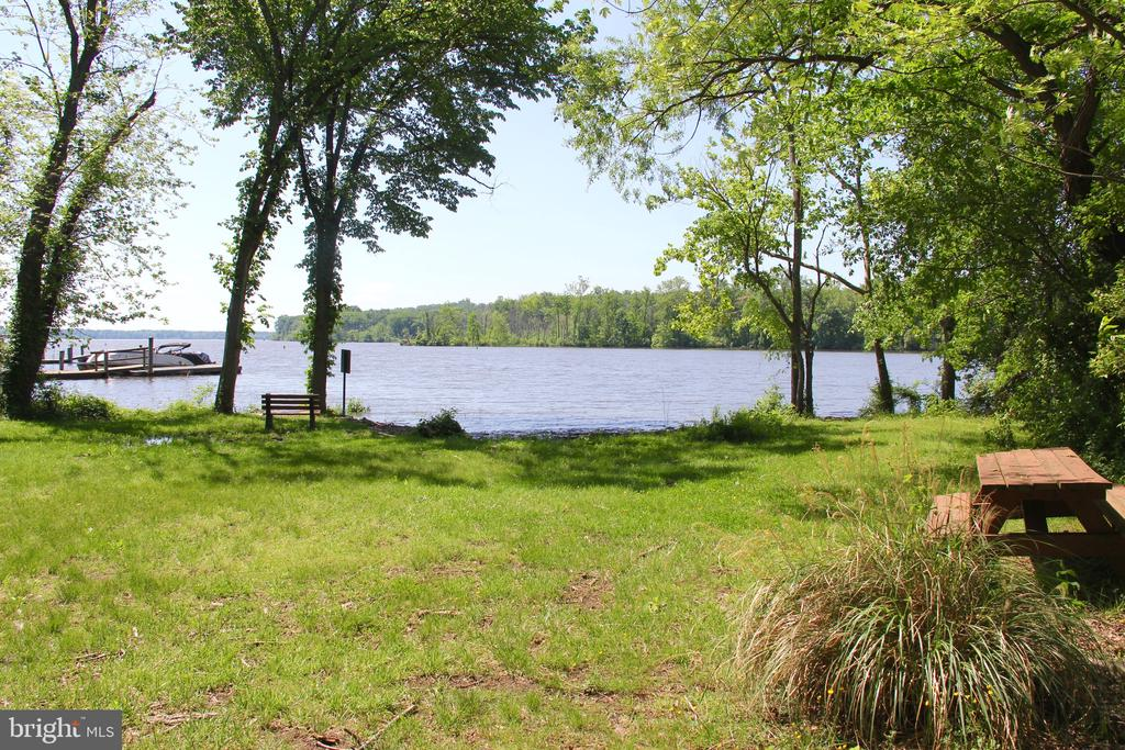 Private Community Association lot with boat ramp - 5201 MOUNT VERNON MEMORIAL HWY, ALEXANDRIA