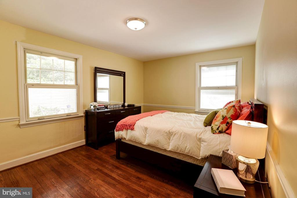 Private Master Bedroom Suite - 2337 N VERMONT ST, ARLINGTON