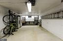 Over-sized Once Car Garage With Storage - 2337 N VERMONT ST, ARLINGTON