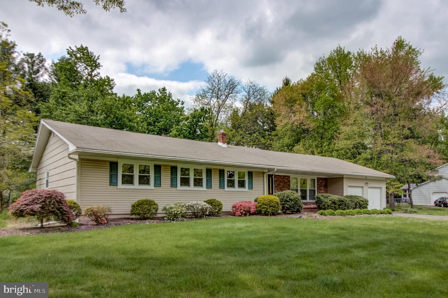Single Family Home for Sale at West Windsor, New Jersey 08550 United States