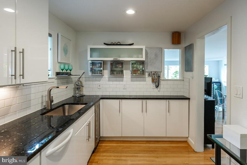 Kitchen - 1900 N UHLE ST, ARLINGTON
