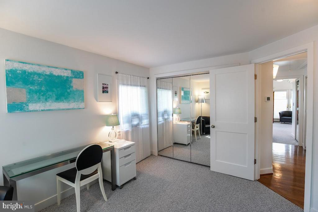 3rd Bedroom - 1900 N UHLE ST, ARLINGTON