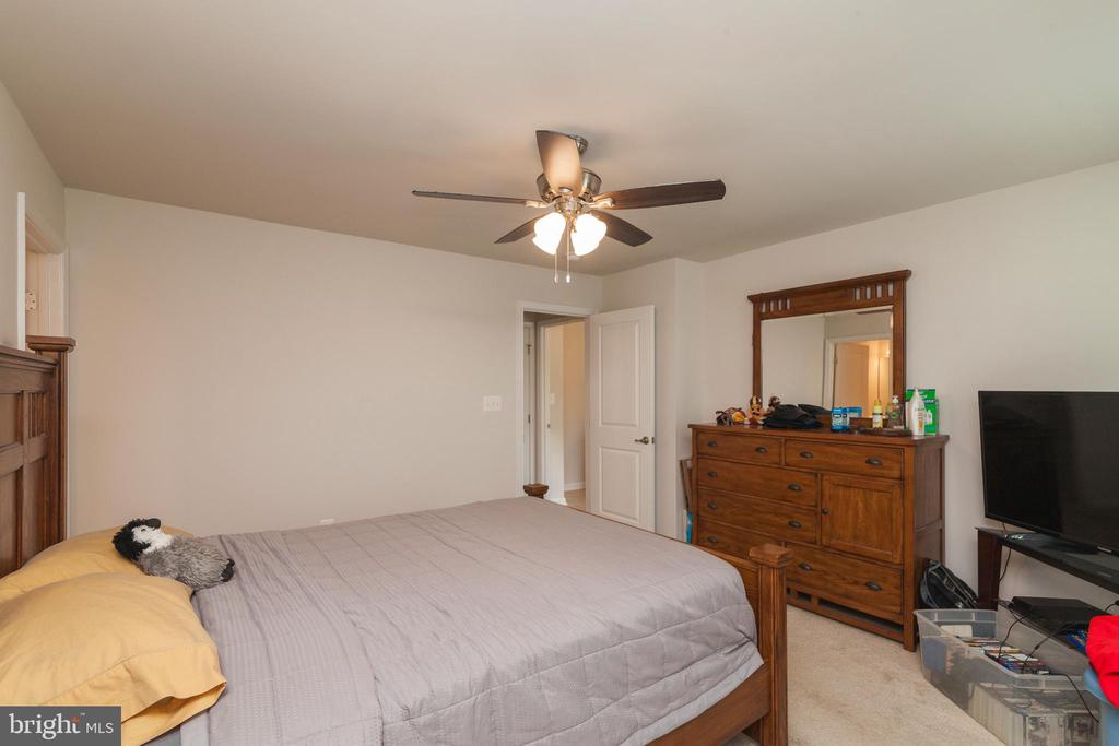Bedroom #2 W Walk In Closet - 5719 PINEY GLADE RD, FREDERICKSBURG