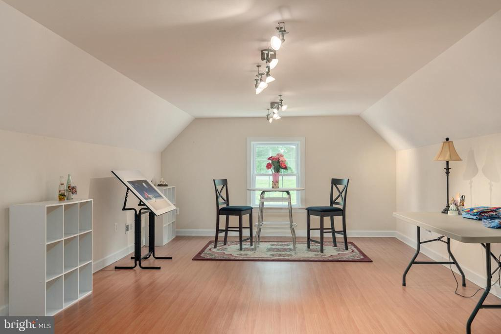 What will you create in the bonus room? - 2843 GARRISONVILLE RD, STAFFORD