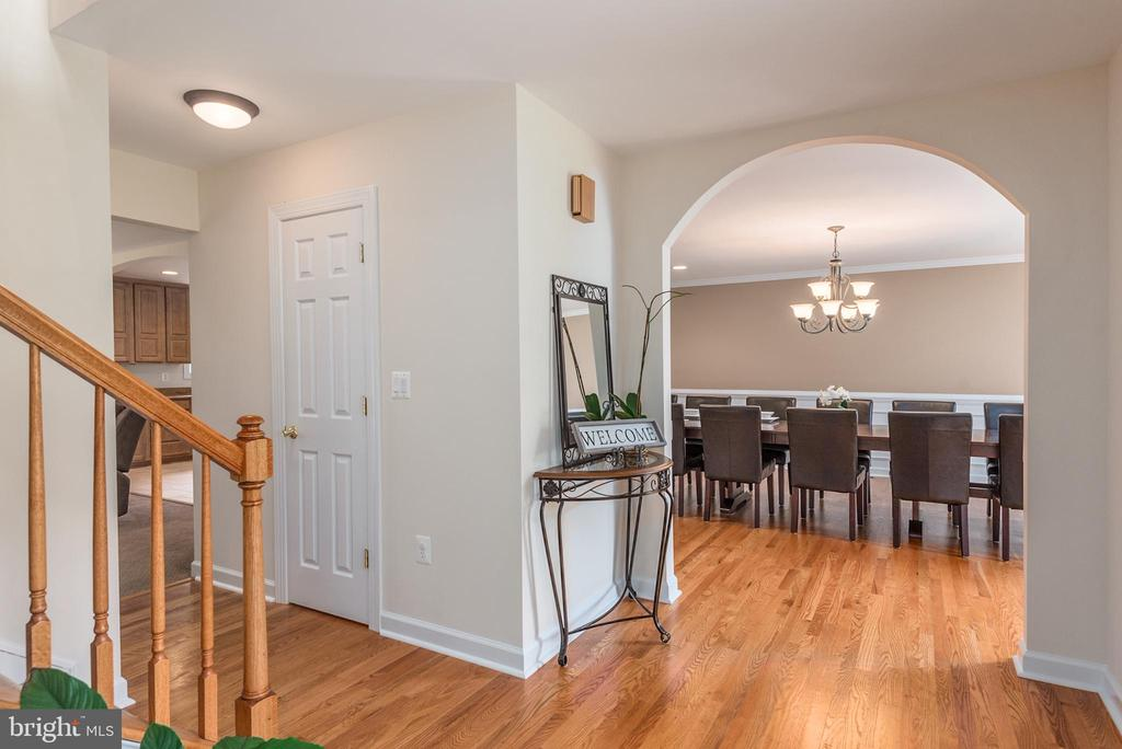 View of dining room from foyer - 2843 GARRISONVILLE RD, STAFFORD