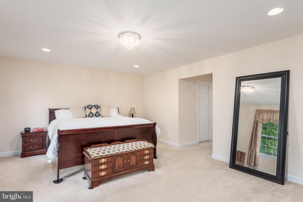 First floor Master - 2843 GARRISONVILLE RD, STAFFORD