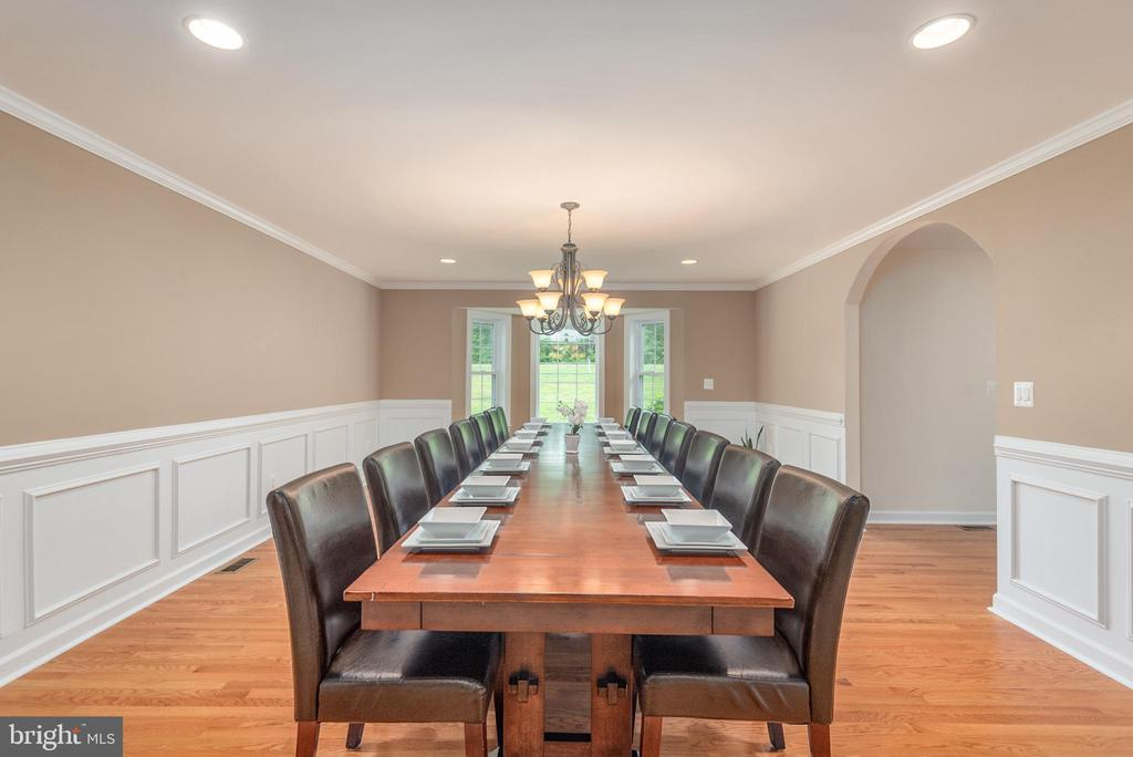 A table for 16 fits perfectly in this massive DR - 2843 GARRISONVILLE RD, STAFFORD