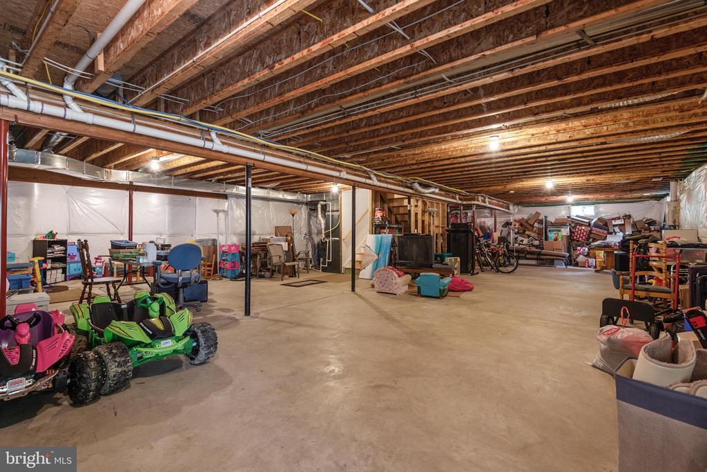 Pre plumbed for a full bath. Huge basement - 2843 GARRISONVILLE RD, STAFFORD