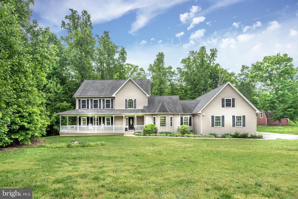 This custom built home hit the market.2008 build28 - 2843 GARRISONVILLE RD, STAFFORD