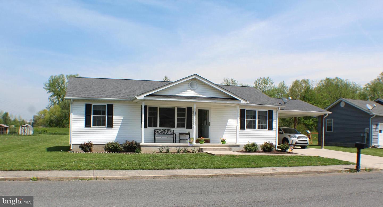 Single Family Homes 용 매매 에 Petersburg, 웨스트버지니아 26847 미국
