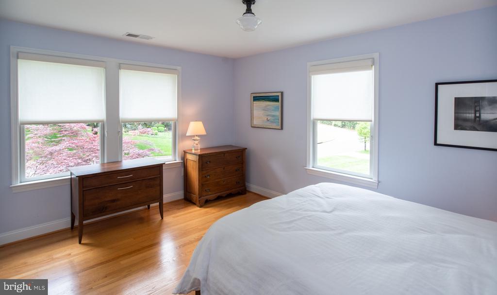 Bedroom 3 - 6203 FOXCROFT RD, ALEXANDRIA