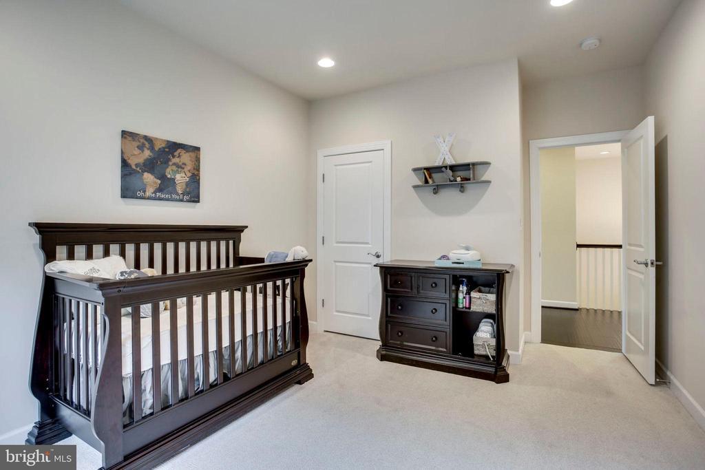 4th bedroom - 20650 HOLYOKE DR, ASHBURN