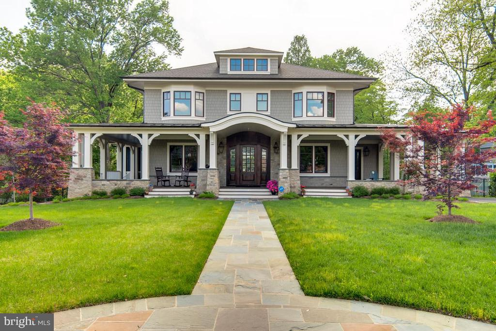 2236  WHITCOMB PLACE, Falls Church, Virginia