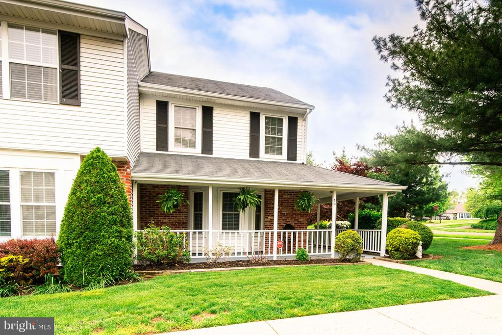 64  ARDSLEY COURT, Newtown in BUCKS County, PA 18940 Home for Sale