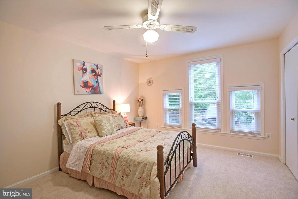 3 er Bedroom - 2082 LAKE AUDUBON CT, RESTON