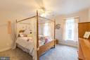 Ceiling fans in every bedroom - 32 MONUMENT DR, STAFFORD