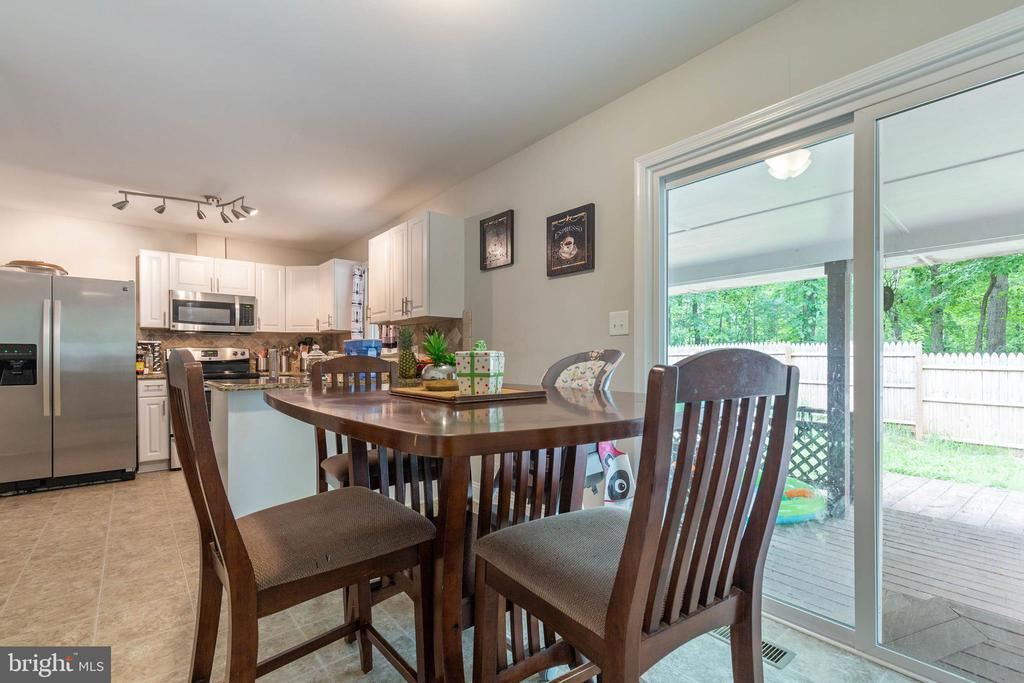 Access To The Large Deck! - 135 JOSHUA RD, STAFFORD