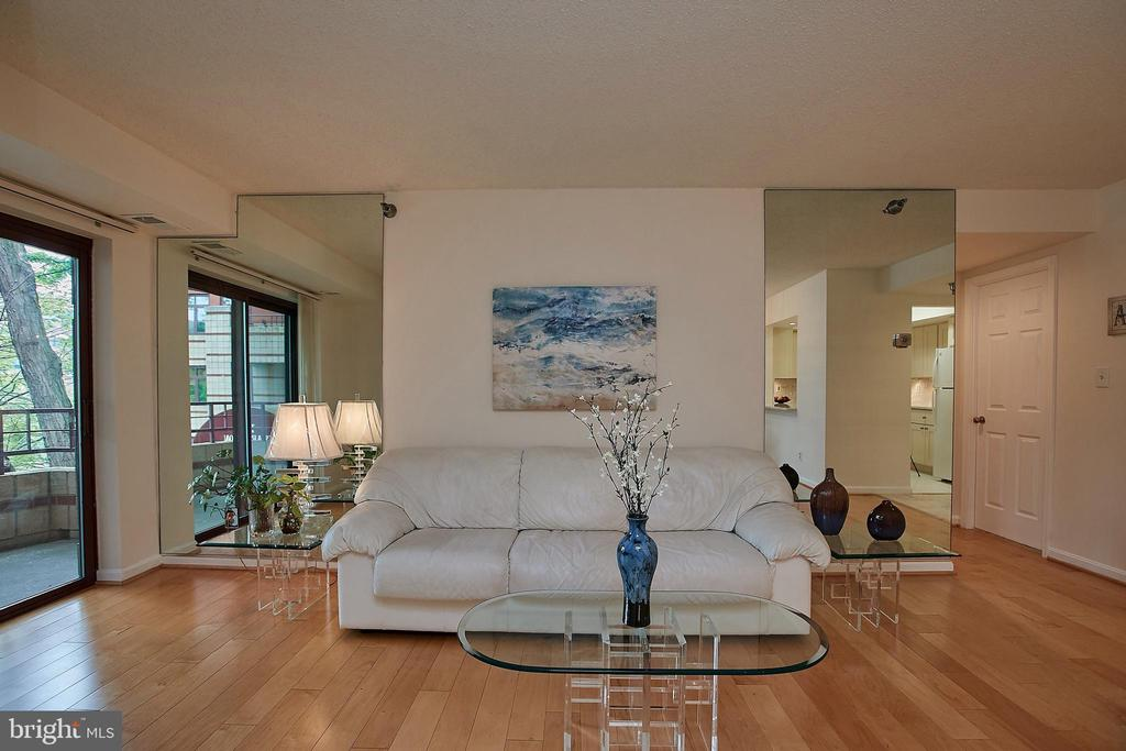 Bright Living Room  Opens to Private Patio - 2400 CLARENDON BLVD #203, ARLINGTON