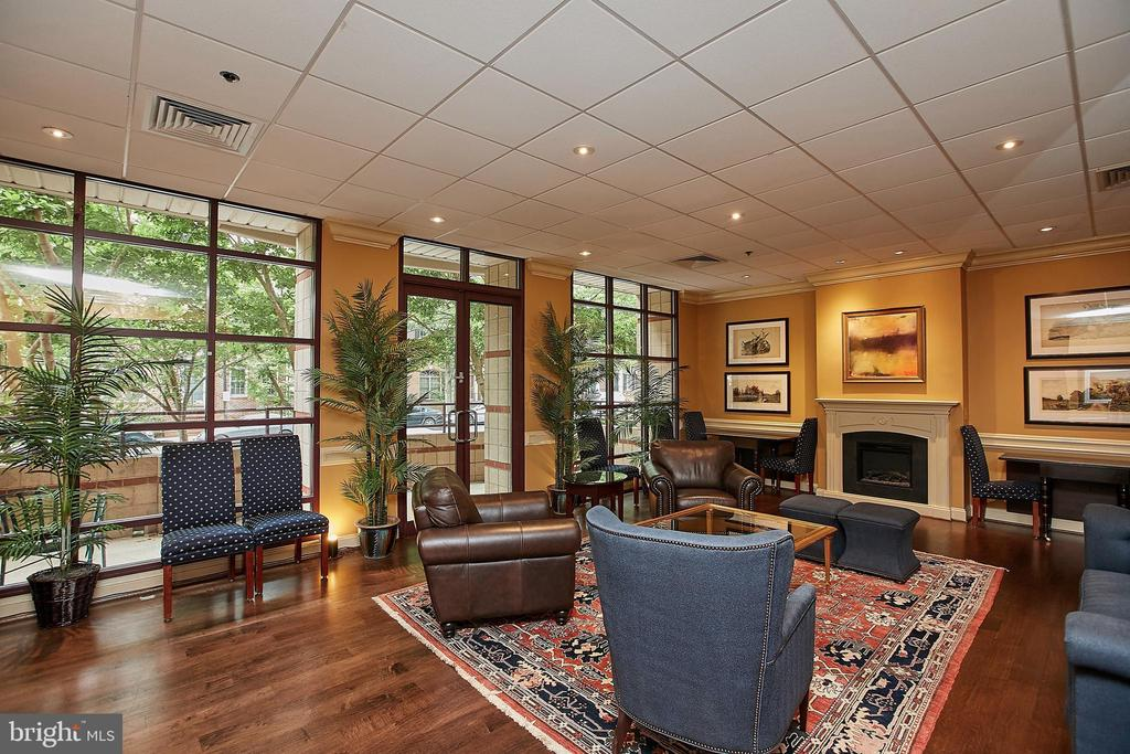 Meeting & Entertainment room @ the Charleston - 2400 CLARENDON BLVD #203, ARLINGTON