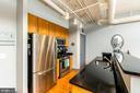 Stainless Steel Appliances - 1205 N GARFIELD ST #304, ARLINGTON
