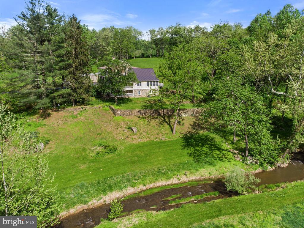 1847  LEEDS MANOR ROAD, Delaplane, Virginia