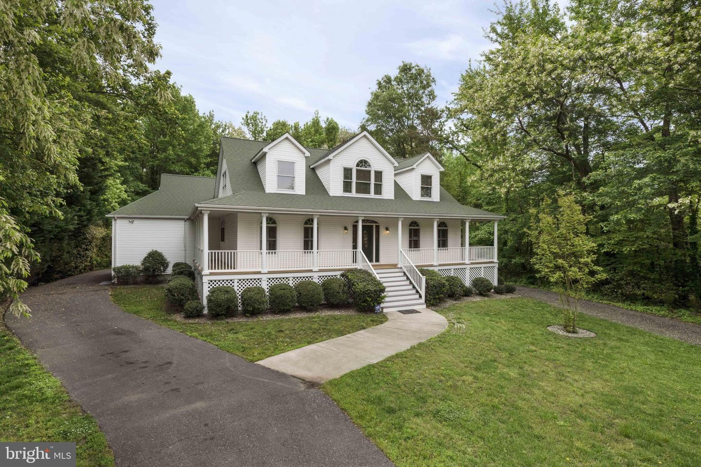 Single Family for Sale at 4199 Carrs Ridge Rd Edgewater, Maryland 21037 United States