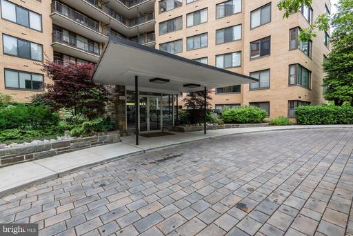 4740 CONNECTICUT AVE NW #1004
