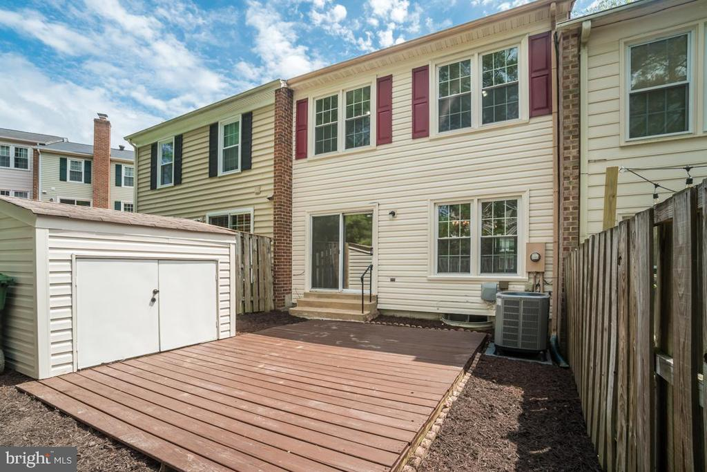 Entertain Friends and Family on the Deck - 12090 WINONA DR, WOODBRIDGE
