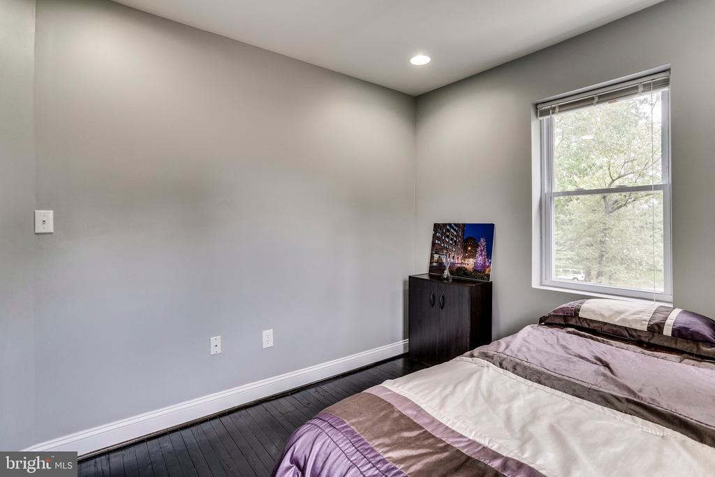 Second bedroom view 2 - 4704 BROOKS ST NE, WASHINGTON