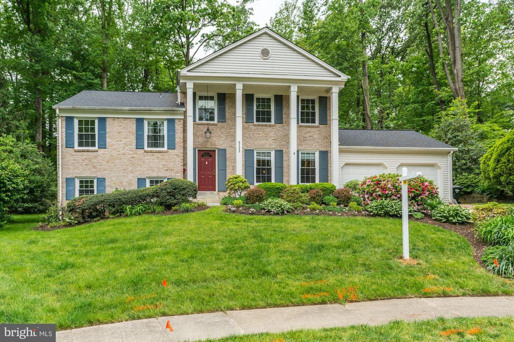 Exterior Front View 2 - 8623 APPLETON CT, ANNANDALE