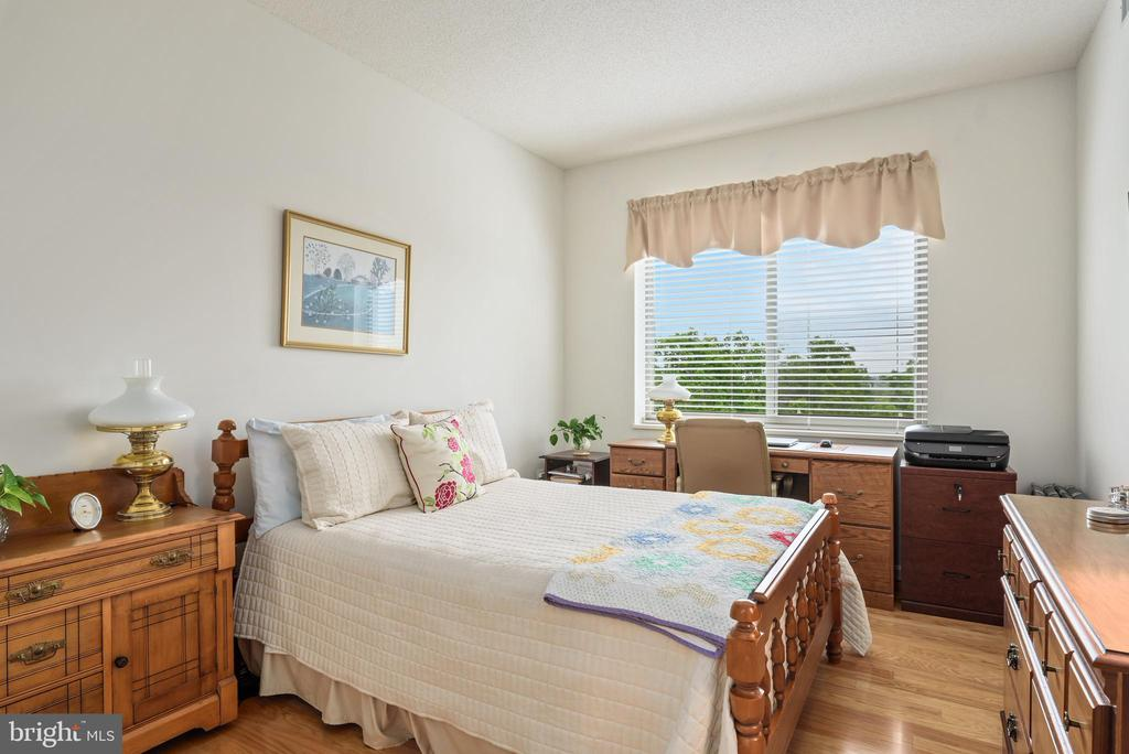 2nd bedroom - 19355 CYPRESS RIDGE TER #416, LEESBURG