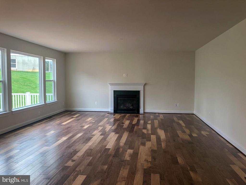 Great Room - 124 PENNS CHARTER LN, STAFFORD