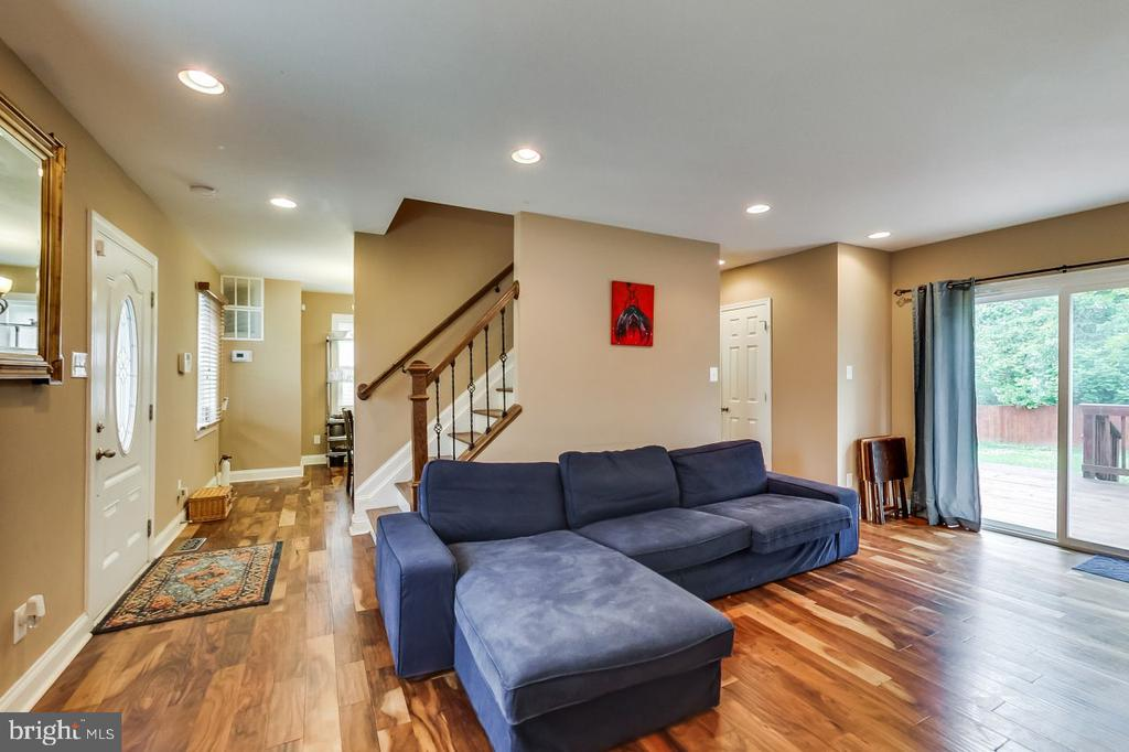 Living Room with exit to deck and rear yard - 2700 FAIRLAWN ST, TEMPLE HILLS