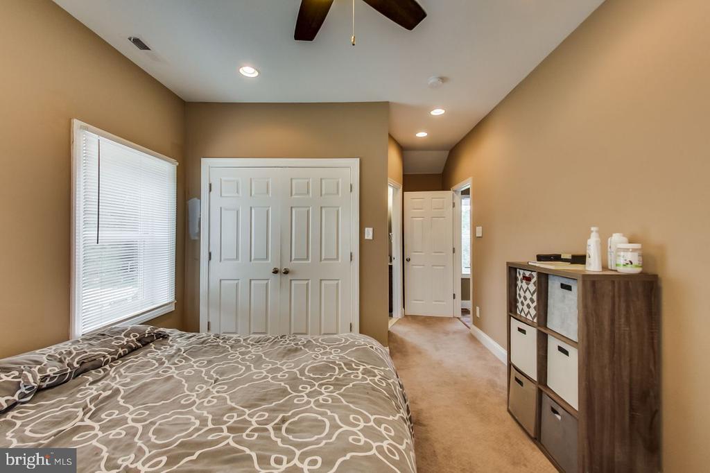 Master Suite - 2700 FAIRLAWN ST, TEMPLE HILLS