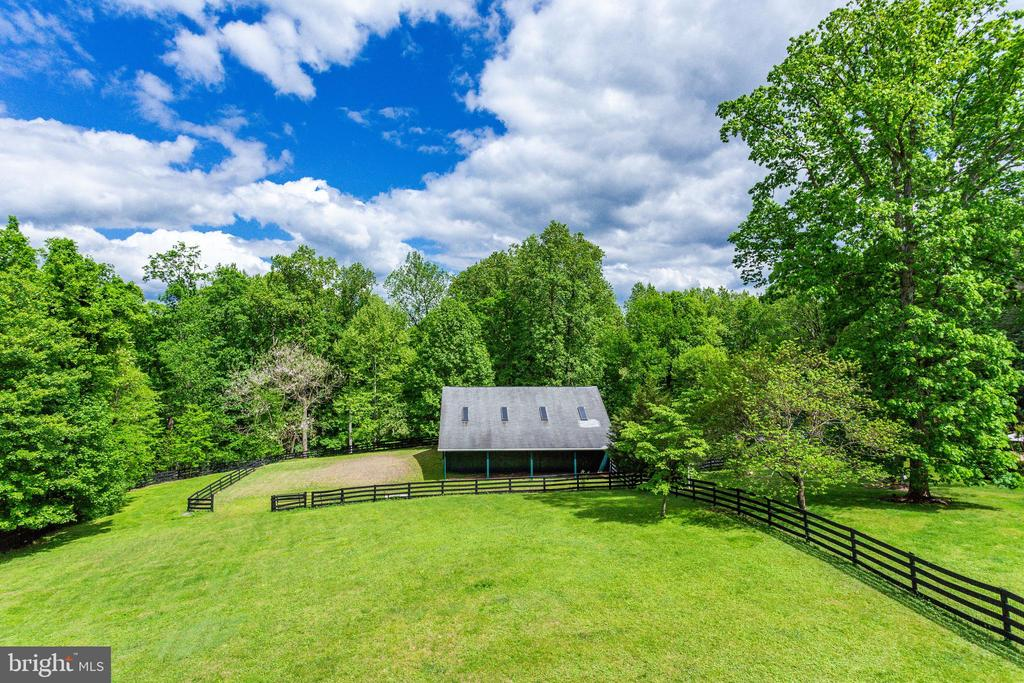 Such a bucolic setting! - 9179 OLD DOMINION, MCLEAN
